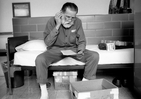 After spending the last 50 years of his life behind bars, 75 year old Earl Reinhardt is about to be set free. He is completely unprepared and has no money, no destination, and no family or friends to help him when he walks out the prison door. Sarah Bones