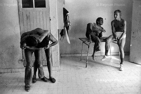Jean Gaumy, Prisoners' horseplay. St Martin de Ré. Prison. France. 1978