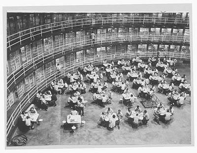 Inmates at Stateville Penitentiary in 1957. (Sun-Times News Group file photo)