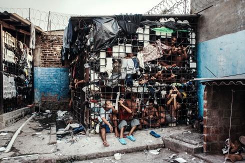 clarke_giles_el_salvador_vice_prison-pit
