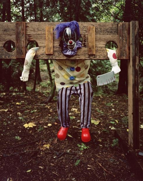 f6870842cfccbb0c-haunted_NDaCosta_020