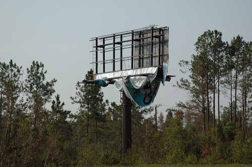 billboard-with-woman-hanging-down-16_2