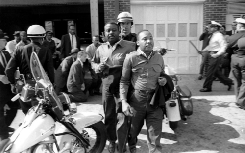 Martin Luther King Jr 's Two Arrests and Stints in Jail in